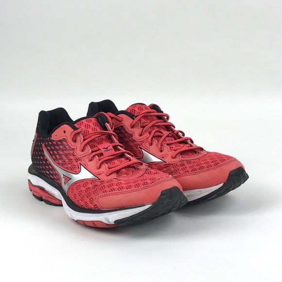 Mizuno Womens Wave Rider 18 Red Running Shoes 8.5.  M 5b8bb099dcf855e684366294 f7f21a3eb